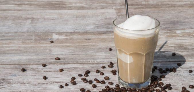 OCHO MANERAS FRESCAS DE TOMAR CAFÉ Y TÉ EN VERANO - Sweetter