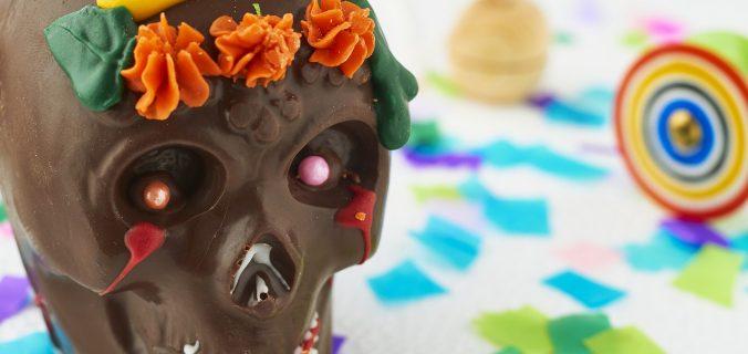 Calaveritas de chocolate para la ofrenda del Día de Muertos. Receta fácil - Sweetter