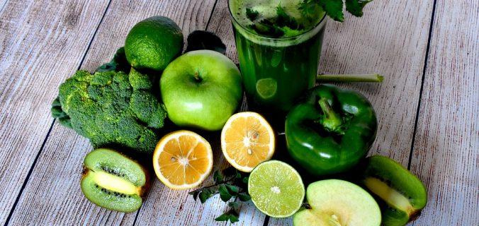 ¿Qué tanto sirven los jugos y licuado verdes? Aquí te damos algunas pistas - Sweetter