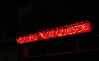 Pozole verde con pollo. Receta fácil de la cocina mexicana - Sweetter